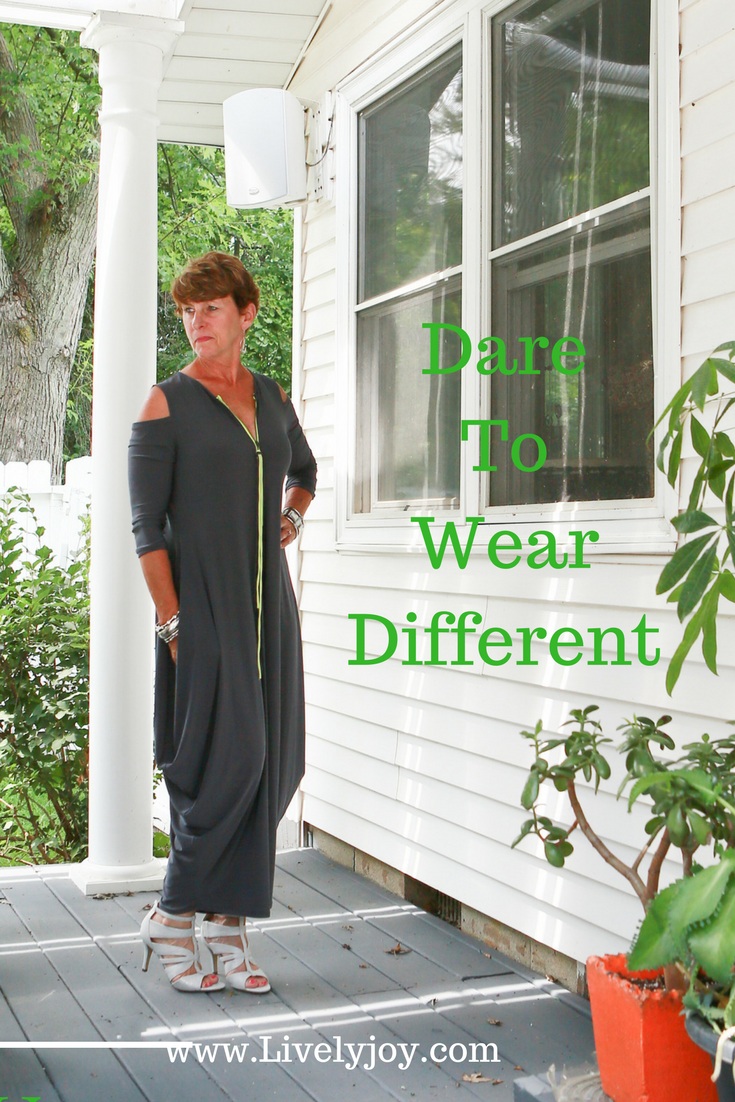 Dare to wear different